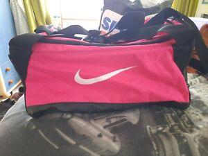 Nike Sports Bag Gym Bag Holdall Pink