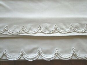 Pair Vintage White Pillowcases-Crochet Scalloped Hem