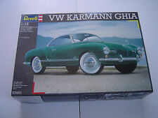 Vintige Revell 1/16 VW Karmann Ghia Model Kit Parts Sealed #07491