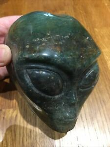 """4""""1 Green Strawberry Quartz Crystal Alien Starrie Skull Healing"""