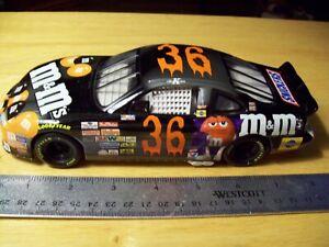 M&M's HALLOWEEN HOT WHEELS #36 KEN SCHRADER 1:24 scale NASCAR PRE-OWNED 1998