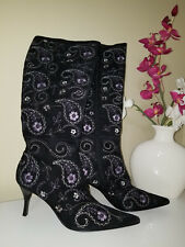 RICHARD TYLOR Black Floral Embroidered High Heel Fashion Knee High Boots Sz.8,5M