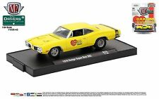 1:64 M2 Machines DRIVERS R43 = HOOKER HEADERS Yellow 1970 Dodge Super Bee *NIP*