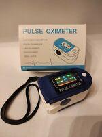 Saturimetro da dito per misurarzione ossigeno nel sangue / Consegna 48h