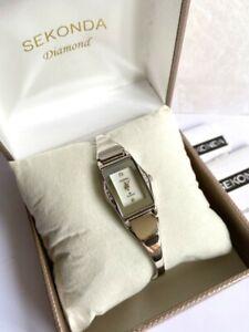 Brand New Ladies Sekonda 8 x Real Diamond Mother of Pearl Watch 4920 Rp £79.99