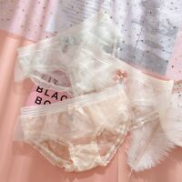 Ultra-thin Lace Panties Women's Solid Color Ruffled Mid-waist Simple Briefs
