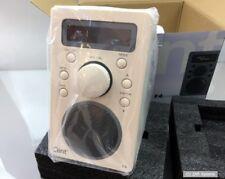 Clint f4 DAB + e FM Radio Portatile Batteria 6 ore. Bluetooth Streaming, Beige