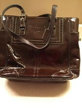 Coach Patent leather Vintage Bag Good Condition With Tag Authentic
