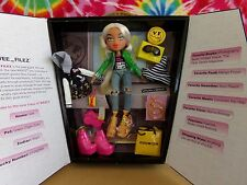 BRATZ VEE FILEZ EXTREME LIMITED EDITION #107 OF 290 15TH ANNIVERSARY 2015