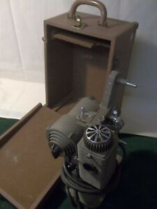 Philips 1946 REVERE 8mm Projector w/case ~ Variable Speed w/Instruction Booklet