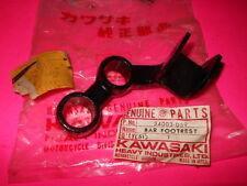NOS OEM Kawasaki 1976-79 KZ750 LTD TWIN LEFT FOOTREST BAR BRACKET 34003-059