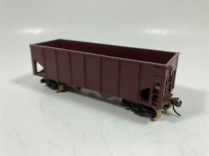 HO SCALE  ALL METAL HOPPER WITH BRASS WHEELS AND SPRING TRUCKS