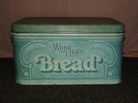 VINTAGE OLD WHEAT HEART OVEN BAKED BREAD TIN