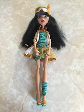 "Monster High 11"" Doll CLEO DE NILE MAD SCIENCE LAB JACKET"