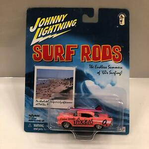 Johnny Lightning Surf Rods Chevrolet Palos Verde Vixens CL27