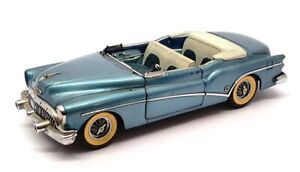 Danbury Mint 1/24 Scale Diecast 28221Q - 1953 Buick Skylark - Blue