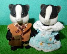 Calico Critters, Sylvanian Families RETIRED RARE BADGER GRANDPARENTS no glasses
