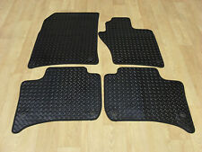 VW Touareg 2010-on Fully Tailored H/D RUBBER Car Mats in Black. VW Round