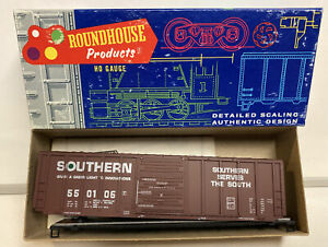 Roundhouse HO Scale Southern 50' PS Ribside Box Car Kit #550106