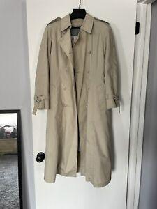 London Fog Trench Coat, Women's Size 8 Vintage, Detachable Thinsulate Lining, EC