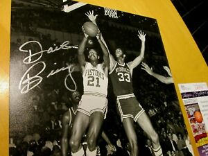 DAVE BING over Jabbar Signed Pistons 8x10 Basketball Photo -JSA Authenticated