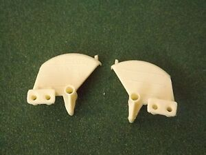 REPRODUCTION BRITAINS 1:32 FORD 5000/6600 ROUND MUDGUARDS