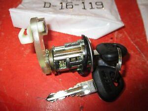 Door Lock Cylinder for  Nissan -VAN  XE--1986-1989 -RIGHT SIDE