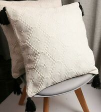 Ivory Woven Decorative Throw Pillow Cover with tassels  16 x 16 inches. NEW