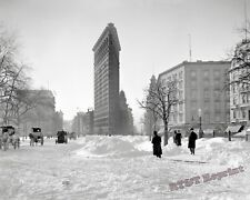 Photograph of a Snow Storm in New York Near the Flatiron Building Year 1905 8x10