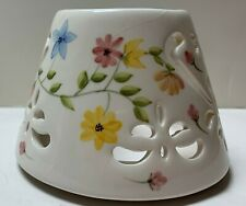 """Home Interiors Candle Shade Topper-white Floral, Ceramic, 2.75"""" tall"""