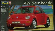 Revell 07335. Maqueta de VW New Beetle. Escala 1/24. 63 piezas.