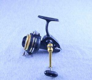 Vintage Penn 712Z Spinning Reel