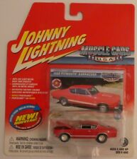 2004 Johnny Lightning White Lightning Muscle Cars USA 1968 Plymouth Barracuda