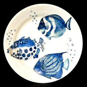 PIER 1 IMPORTS TROPICAL BEACH COASTAL NAUTICAL BLUE FISH DINNER PLATE NEW