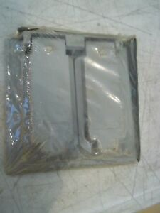 2 BNIP GAMPAK 14324 2 GANG SINGLE FLIP COVER 2 RECEPTACLES OR SWITCHES OUTLETS