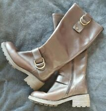 Ladies Brown Boots Leather size 4 Clarks
