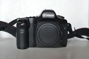 Canon EOS 5D classic digital camera - body with 2 batteries [EXC]