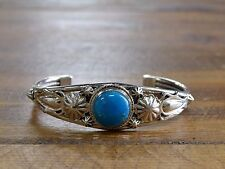 Bracelet By Raymond Delgarito Beautiful Turquoise Sterling Silver
