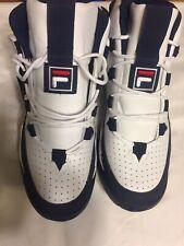 Men Fila Hi-Top White Red & Blue Sneakers Sz 9.5 NWOB