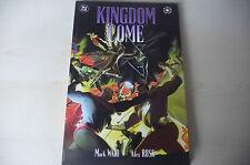 KINGDOM COME di MARK WAID/ALEX ROSS- fumetto brossurato in ENGLISH-DC 1997-FUM2