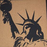Navaris Cork Bulletin Board - 40x40cm Push Pin Memo Corkboard Statue of Liberty