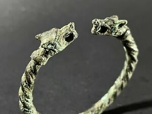CIRCA 900-1100 AD VIKING NORDIC BRONZE CHILDS ARM BAND WITH WOLF HEAD TERMINALS