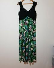 Teaberry Size 14 Long Green Floral Maxi Dress
