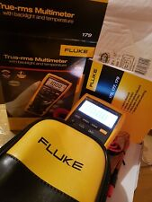Fluke 179 True-RMS Digital Multimeter + Fluke C25 Carrying Case. 2019 model!!