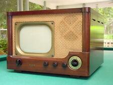 "Vintage 1940's DeWald Model CT-102 Table Top 10"" TV"