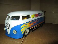 HOT WHEELS VW PICKUP / DRAG TRUCK / BUS 1/18 performance V W LOOSE DISPLAY