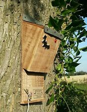 BAT NESTING ROOSTING BOX / HOUSE, QUALITY HANDMADE BATBOX WITH FELT ROOF    ^●^