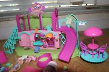 Polly Pocket sparklin pets salon. Very good condition as is.