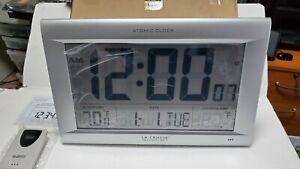 La Crosse Technology 513-1311OT Jumbo Atomic Digital Wall Clock