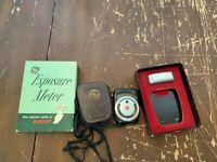 Vintage General Electric GE  Film Exposure Meter With Box